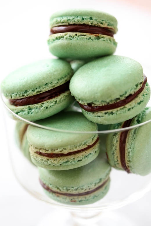 st-patricks-day-mint-green-macaroons